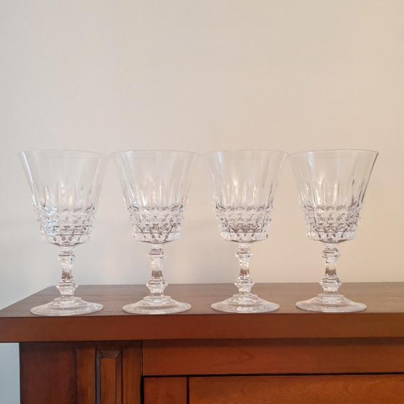 Vintage set of 4 craystal steamed glasses